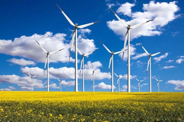 نگاهی بر سرمایهگذاری در بخش انرژی تجدیدپذیر ایران